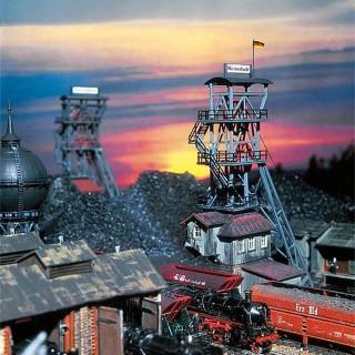 Puits d'extraction de mineret -HO-1/87-FALLER 130945