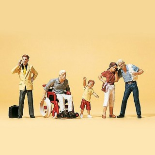 5 voyageurs avec bagages et fauteuil roulant HO-1/87-PREISER 10469
