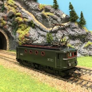 Locomotive BB8144 Sncf avec boite HO-1/87-HORNBY 6386 L196