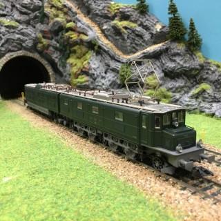 Locomotive Ae 8/14 SBB 3 rails digitale -HO-1/87-MARKLIN 37593 DEP17-384