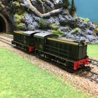 2 locomotives Y50 en UM- HO-1/87-MARKLIN 3145 DEP17-365