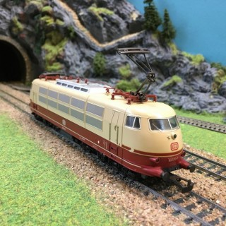 Locomotive 103 113-7 DB -HO-1/87-MARKLIN 3357 DEP35-04