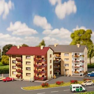 2 immeubles d'habitation avec balcons -N-1/160-FALLER 232304