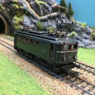 Locomotive BB8144 Sncf -HO-1/87-HORNBY 6386 DEP35-01