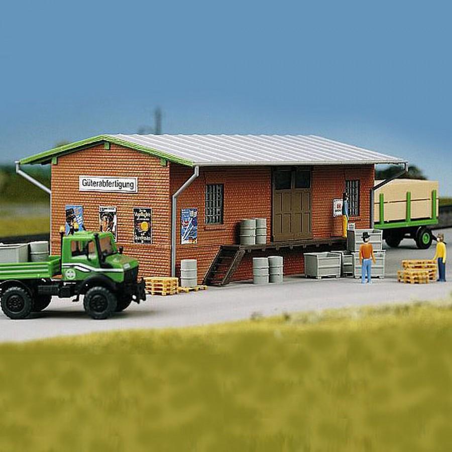hangar marchandises ho 1 87 kibri 39459 ebay. Black Bedroom Furniture Sets. Home Design Ideas