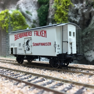 "Wagon couvert ""FALKEN BRAUEREI SCHAFFHAUSEN"" SBB Ep III-HO 1/87-BRAWA 47875"