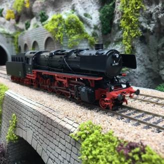 Locomotive BR 44 DB 44 1667 Ep III Digital 3R-HO 1/87-MARKLIN 39883