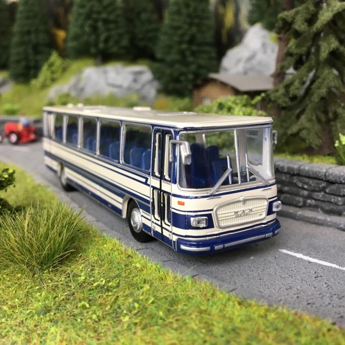 Bus MAN 750 Bleu/Blanc-HO 1/87-BREKINA 59252