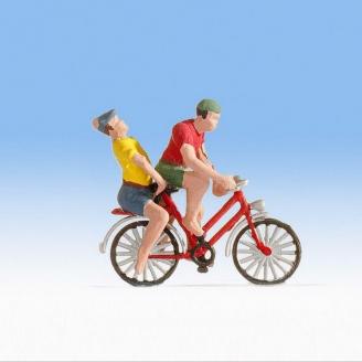 Couple à vélo - HO 1/87 - NOCH 1589802