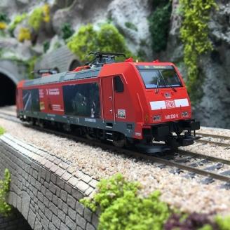 Locomotive BR 146.2 - 2 Pan DB Triberg Ep VI-HO 1/87-PIKO 59149