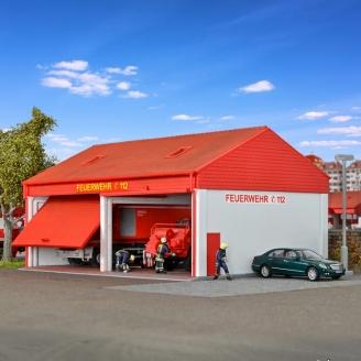 Remise / Garage pour véhicules de pompiers-HO 1/87-KIBRI 38542