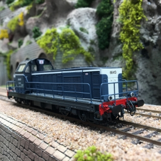 Locomotive BB66413 Chalindrey  SNCF Ep IV -HO 1/87-JOUEF HJ2375