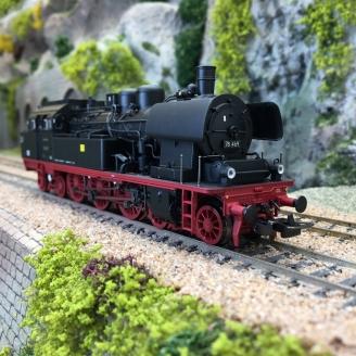 Locomotive BR 78 78 469 DR Ep III digital 3R-HO 1/87-PIKO 50605