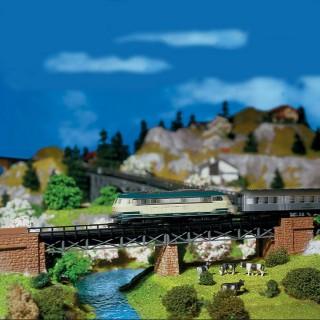 Pont droit métallique avec tête de pont-N-1/160-FALLER 222550