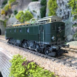 Locomotive Be 4/6 12306 CFF Ep III digital son 3R-HO 1/87-MARKLIN 39511