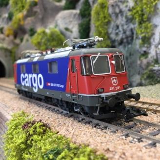Locomotive Re 421378-1 SBB Ep VI digital son 3R-HO 1/87-MARKLIN 37340