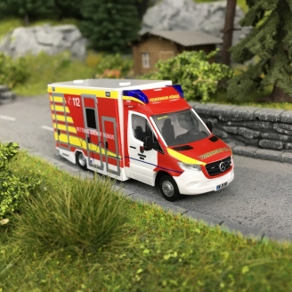 Camion de Pompiers Mercedes-HO-1/87-RIETZE 76247
