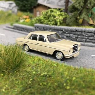 Mercedes / 8 -HO 1/87-SCHUCO 452659600