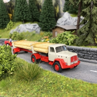 Camion Magirus Transport de bois-HO 1/87-WIKING 39011