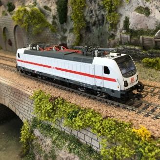 Locomotive BR 147.5 DB Ep VI-HO 1/87- PIKO 51582-4