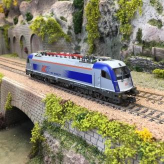 Locomotive 370 001-7 PKP Ep VI-HO 1/87-ROCO 70489