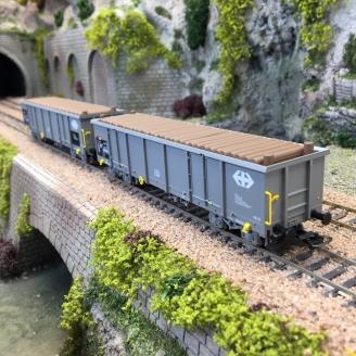 2 wagons tombereaux Eaos gris chargés bois SBB, Ep V et VI -HO 1/87- PIKO 97300