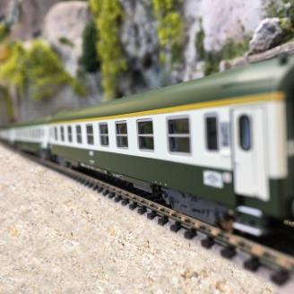 "3 voitures ""Orient Express"" 1CL, 2CL, 2CL/fourgon Sncf, Ep IV  -N  1/160- MINITRIX 15372"