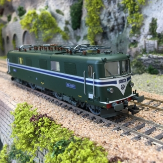Locomotive CC 25005 Sncf, ep IV -HO 1/87- PIKO 96583