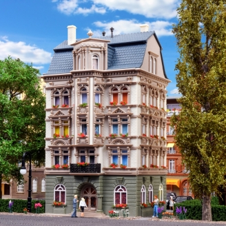 """Petit immeuble de la """"Schlossalle""""-HO 1/87-VOLLMER 43815"""