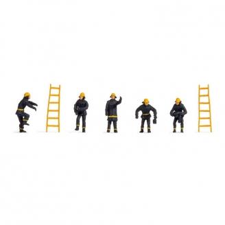 5 pompiers + échelles -HO-1/87-NOCH 18001
