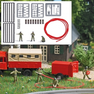 3 pompiers avec tuyau d'extinction + raccords-HO 1/87-BUSCH 7960