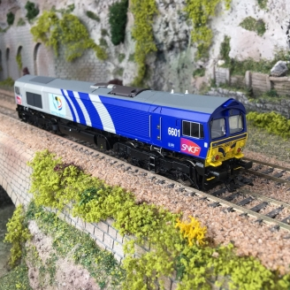 Locomotive série 66 JT42CWR SNCF Ep VI digital son-HO 1/87-TRIX 22696