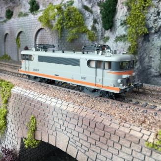 Locomotive 9497 - Avignon - SNCF Ep V - HO 1/87 - LSMODELS 10219