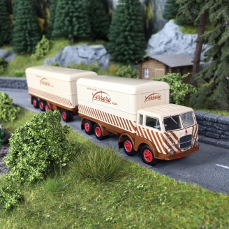 "Camion FIAT 690 Millepiedi ""Ferrero""-HO 1/87-Starline Models 58434"