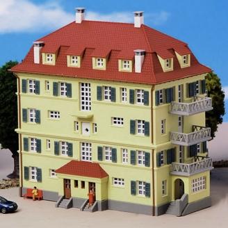 Immeuble 3 étages avec balcons-N 1/160-KIBRI 37165