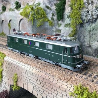 Locomotive Ae 6/6 11401 SBB Ep IV -HO 1/87- PIKO 97200