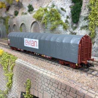 """Wagon à bâche coulissante """"Evian"""" SNCF Ep IV -HO 1/87- MARKLIN 4711803"""