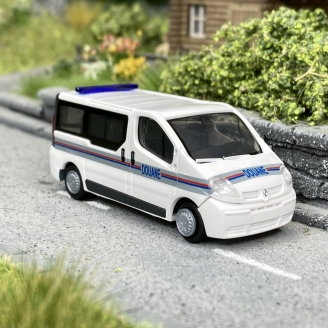 Renault Trafic Douanes-HO 1/87-RIETZE 51385