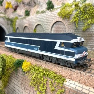 Locomotive CC72034 livré bleu SNCF Ep IV -HO 1/87-JOUEF loisir HJ2600