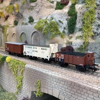3 wagons de marchandises KPEV Ep I - HO 1/87 - TRIX 24148