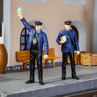 2 Agents de quai de Gare-G 1/22.5-POLA 331506