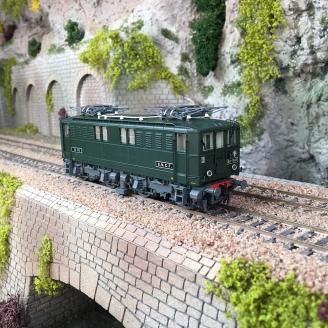 Locomotive BB 1612 SNCF livrée verte, Ep III -HO 1/87-JOUEF HJ2385