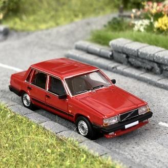 Volvo 740 Rouge-HO 1/87-PCX870108