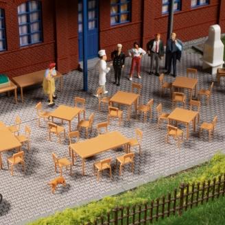 Ensemble de tables et de chaises-HO 1/87-AUHAGEN 41671