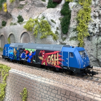 Locomotive diesel série 285, Super Heros, Start Up - MARKLIN 36656 - HO 1/87