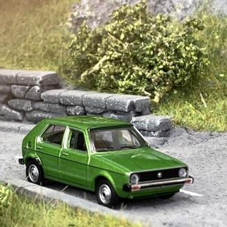 Volkswagen Golf 1 4P Verte - SCHUCO 452660200 - HO 1/87