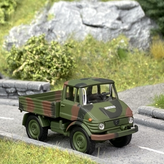 Unimog U406 Forces armées - SCHUCO 452658900 - HO 1/87