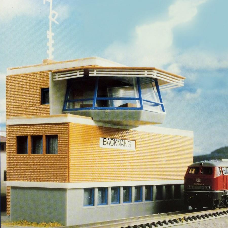 Poste d'aiguillage moderne-N-1/160-KIBRI 37807