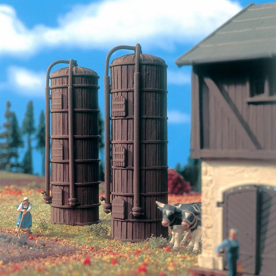 2 silos bois et métal-HO-1/87-VOLLMER