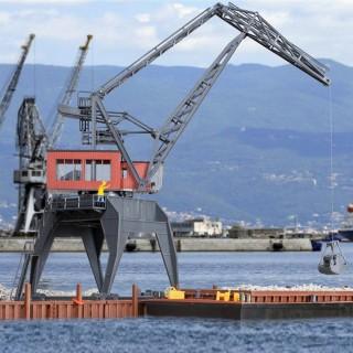 Grue de port pour chargement et déchargement-HO-1/87-KIBRI
